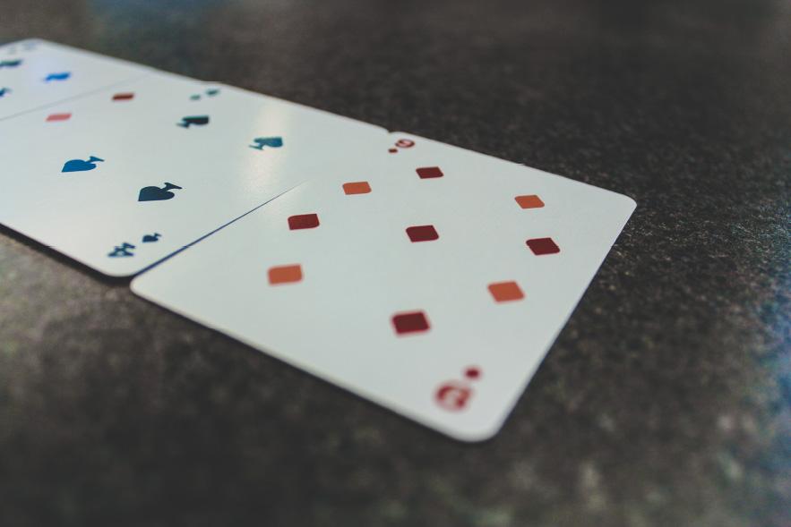 yeti-nine-card