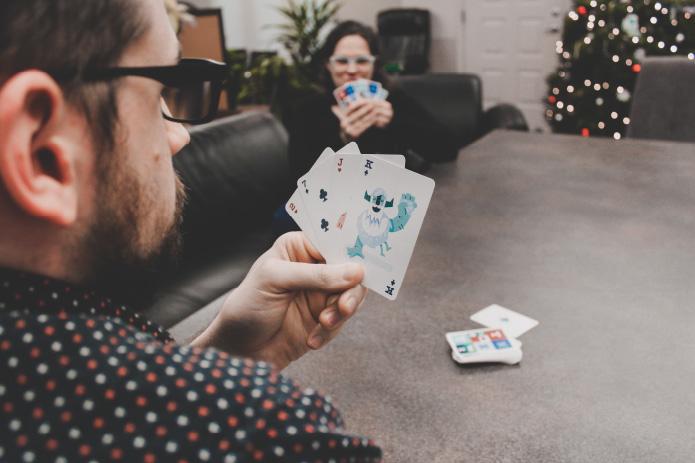 yeti-playing-cards-full