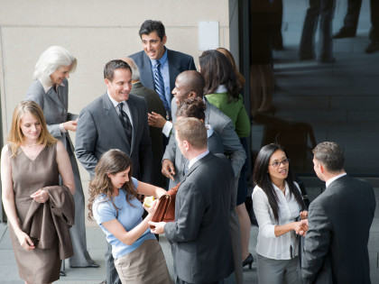 10 Questions to Get More Out of Networking Events